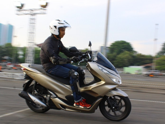 Test Ride Honda PCX 2018