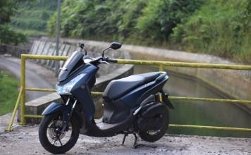 Kumpulan Gambar Yamaha Lexi S 125 Matte Blue