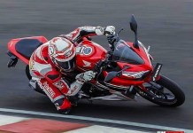 Honda CBR150R 2019 Racing Red