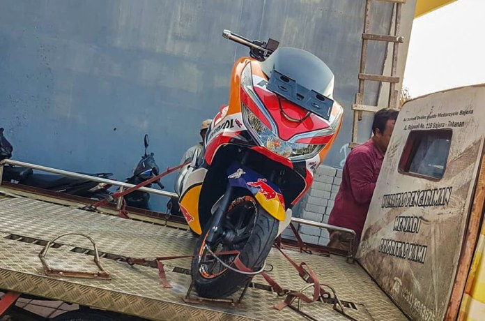 Honda PCX Repsol