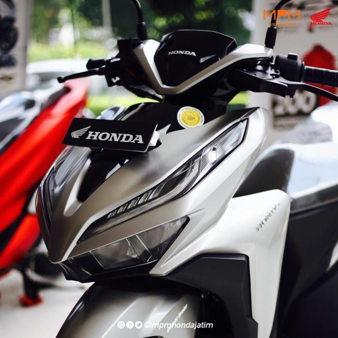 Harga Honda Vario 150 2019 Silver