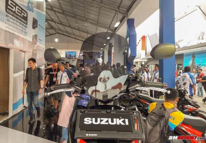 Windshield Suzuki Nex II