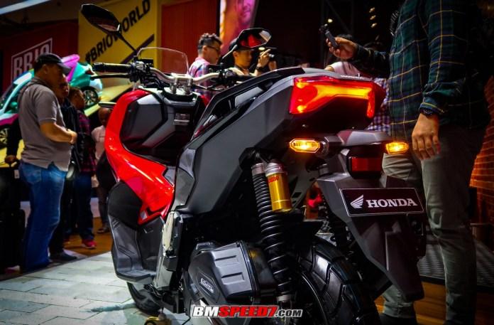 Lampu Belakang Honda ADV 150