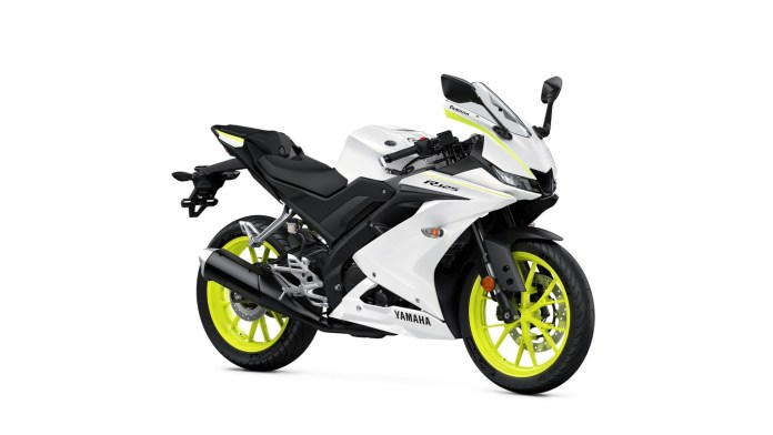 Yamaha R125 2020 Competition White
