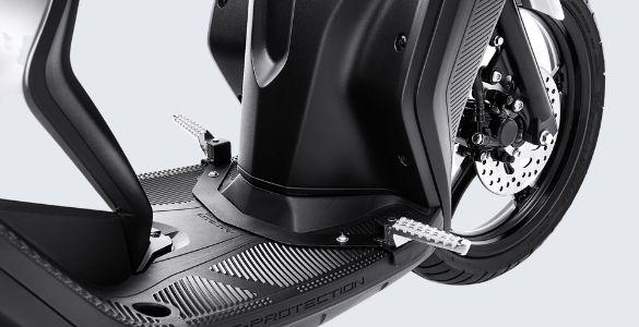 foot peg Yamaha GEAR 125