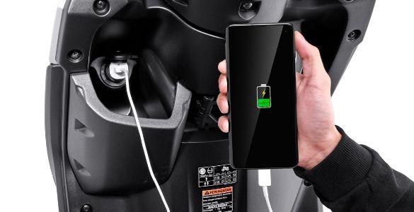 USB Charger Yamaha GEAR 125