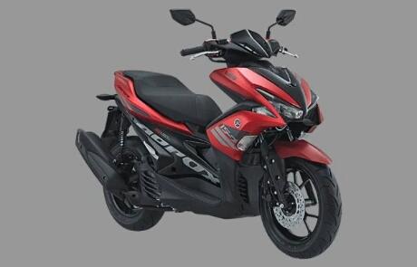 Foto studio Yamaha Aerox 155 warna merah metalik