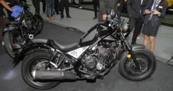honda-rebel-500-2016-thai-motor-expo-black-side