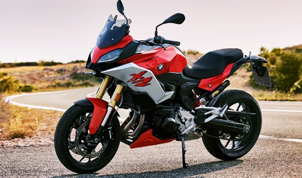 New 2021 BMW F 900 XR Review, Price