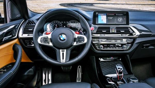 2022 BMW X3 M40i Interior