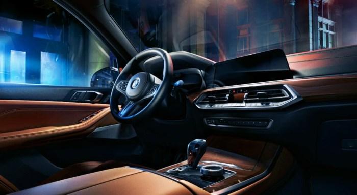 2022 BMW X5 M50i Interior