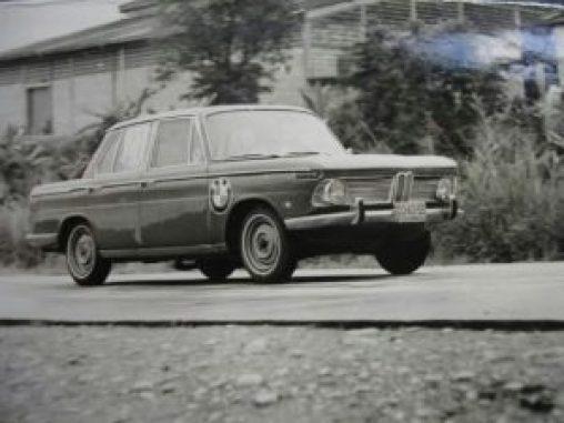 El primer BMW importado a Colombia: BMW 1800.