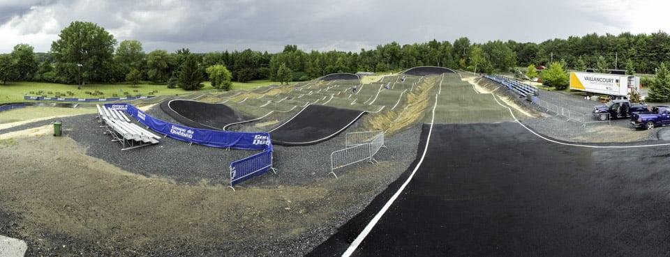 Vue départ piste BMX Drummondville parc voltigeurs