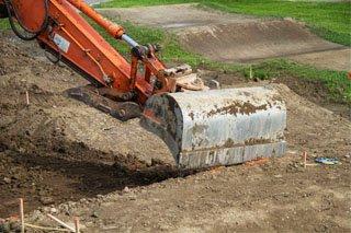 mise à niveau pour régler des problèmes de drainage, de sécurités, d'utilisation et d'entretien.