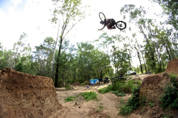 CHRISTIAN-MASUR-Brownies-Trails