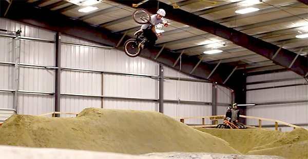 james-van-de-kamp-deluxe-bmx-video