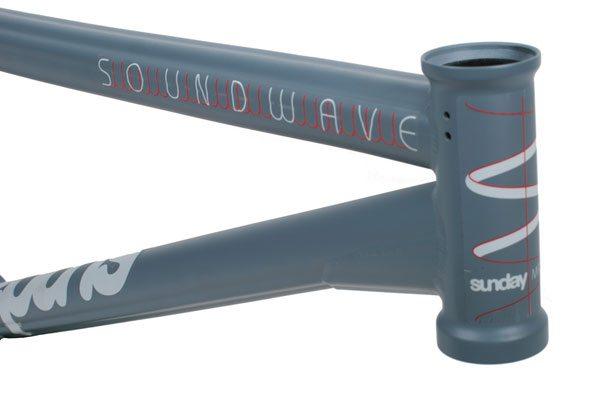 sunday-soundwave-headtube