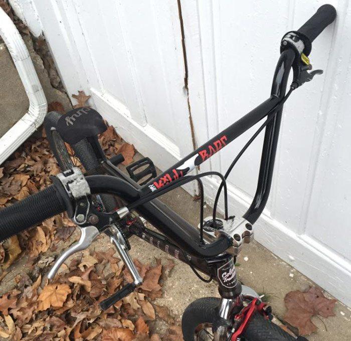 bobbie-altiser-bmx-bike-check-colony-bars