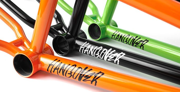 total-bmx-hangover-v2-bmx-frame-bottom-bracket
