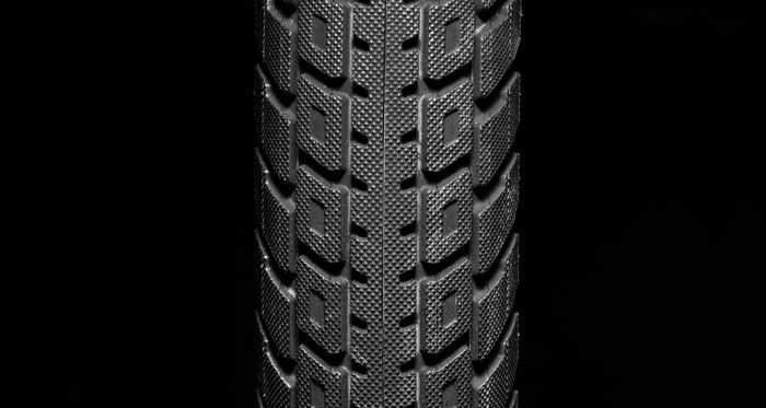 kink-bmx-lyra-tire-knurling