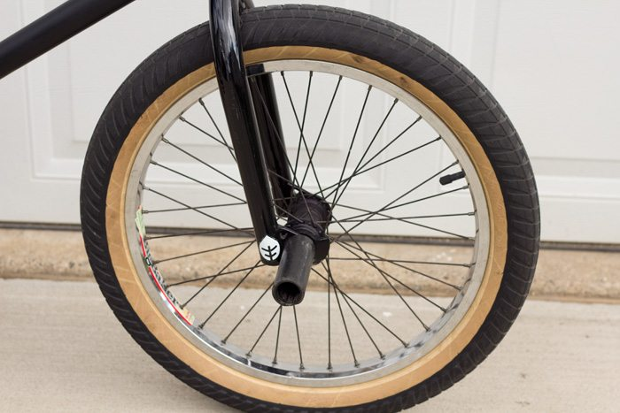 kurt-hohberger-bmx-bike-check-flybikes-geo-2016-front-wheel