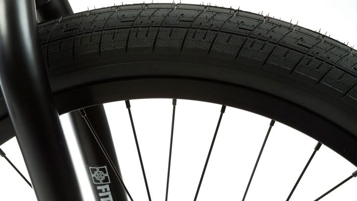 fit-bike-co-2015-22-inch-brian-foster-complete-bmx-bike-front-tire