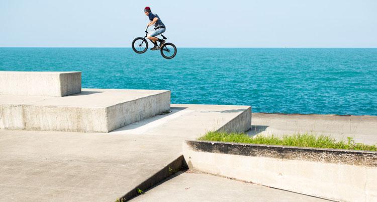 "Sunday Bikes - Brett Silva ""Grow Up"" Section"