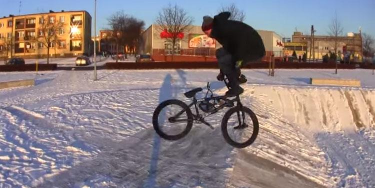 Snow BMX Fun
