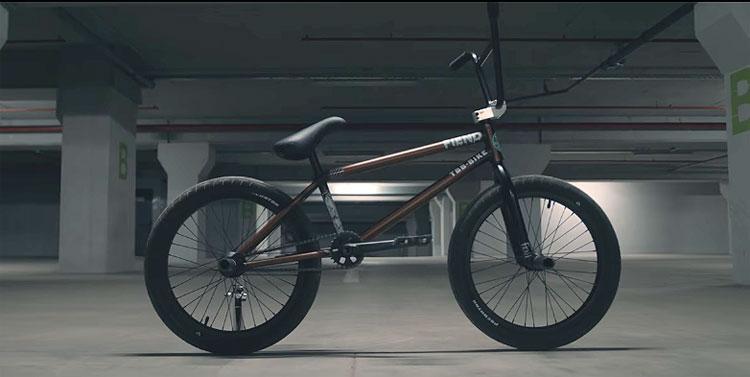 Raul Jula Fiend Video Bike Check