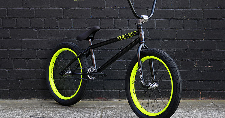 "Strictly BMX – The Set ""Dirty Deeds"" Custom Build"