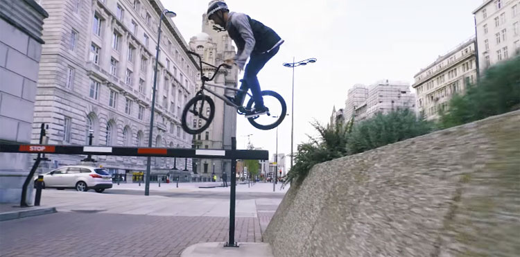 Mongoose – Paul Ryan On the Streets of Liverpool