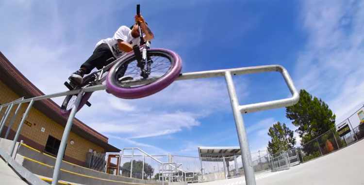 "Sunday Bikes – Jake Seeley ""Grow Up"""