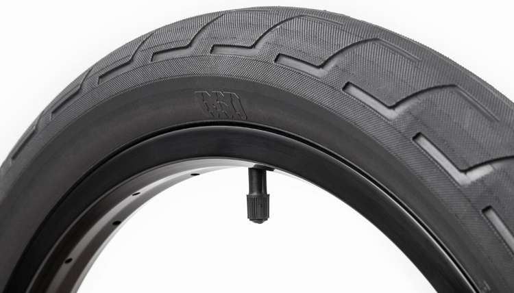 BSD Donnastreet Tire BMX Alex Donnachie