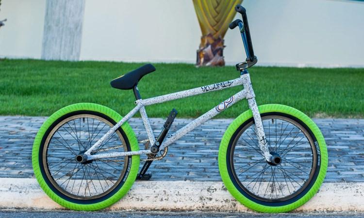 Volume Bikes Caique Gomes Bike Check BMX