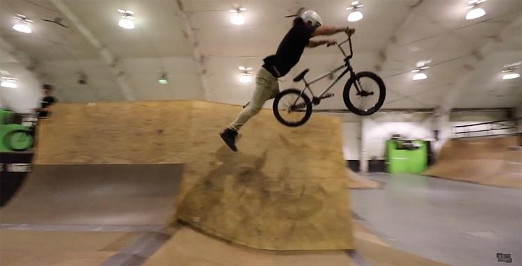 Scotty Cranmer – Super Hero At My Skatepark