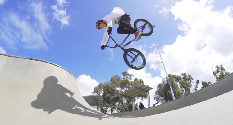 "Colony BMX – Alex Hiam ""Bon Voyage"""