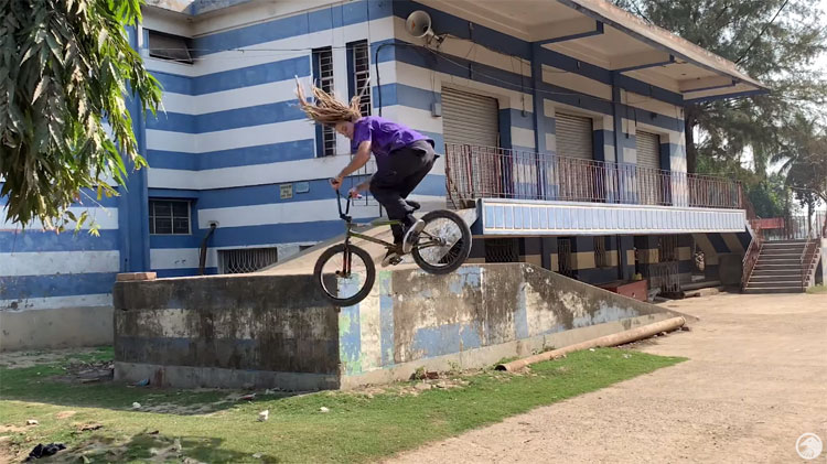 Shadow Conspiracy – Experience India With Joris Coulomb