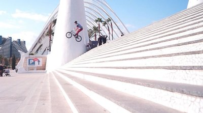 Valencia Awakes BMX video