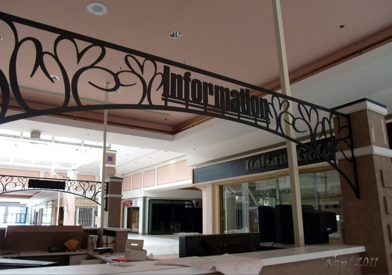 Кловерлиф молл (Cloverleaf Mall) Честерфилд Вирджиния (13)