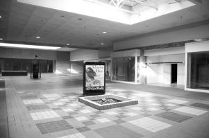 Вудвиль молл (Woodville Mall) Нортвуд Огайо (20)