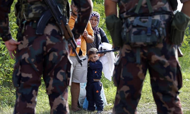 Беженцы, военнопленные, трофеи. Обращение с ними по стандартам армии США
