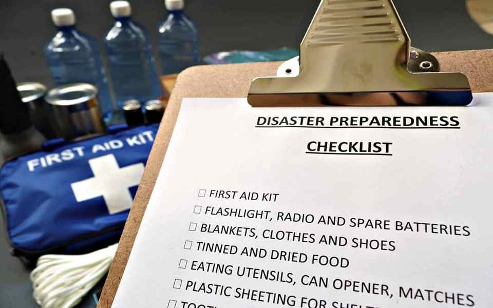 Экстренная эвакуация из дома - Как подготовиться и что делать при эвакуации