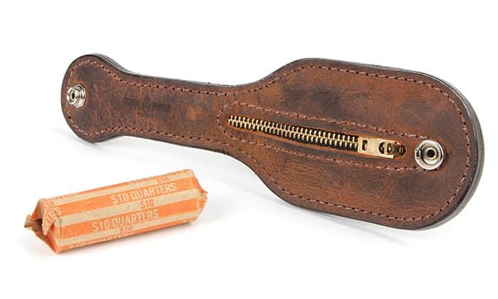 «Hot Tamale» - кошелёк из кожи и оружие для самообороны