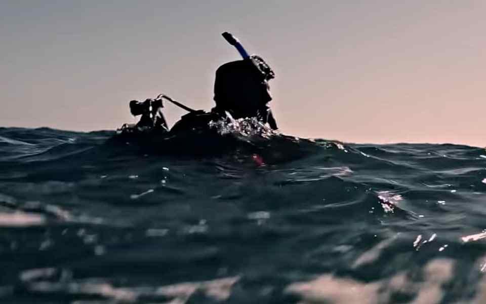 Выжить на воде - Советы от дайвера, который провел 75 часов в открытом океане