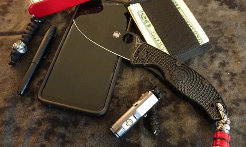 Spyderco Tenacious Lightweight Pocket Knife - Лучшие складные ножи для EDC стоимостью до 50 долларов