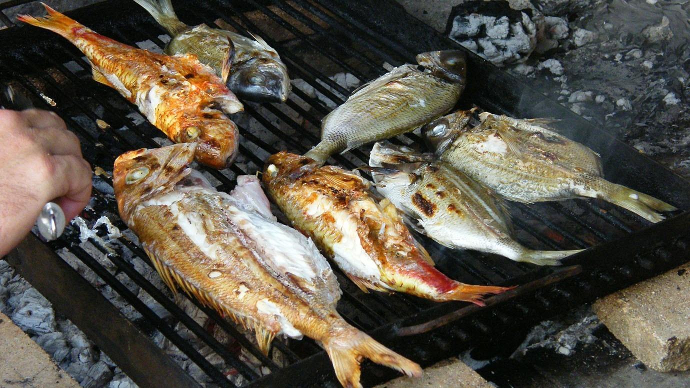 Mediterraan dieet, Vis BBQ