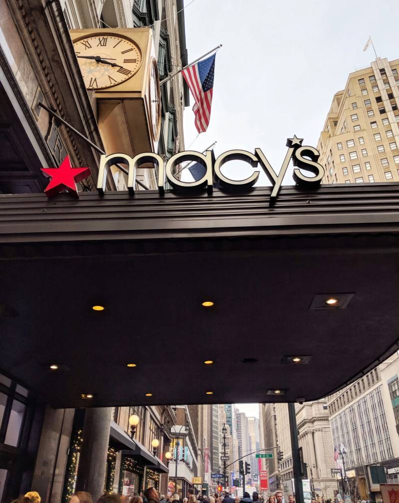 the macy's storefront in new york city