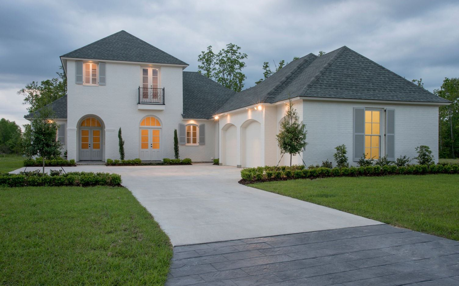 Custom Home Builders Residential & Commercial Construction