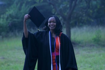 Beautrice Graduation 2014094094