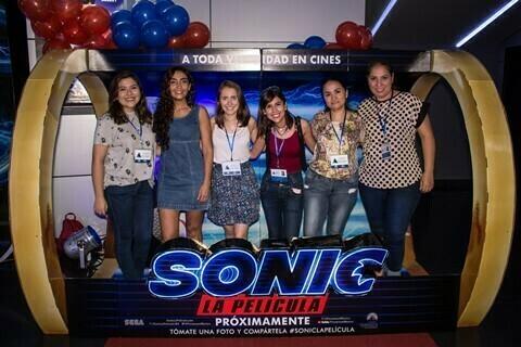 El pre-estreno de Sonic reunió a grandes y chicos en Cine Center